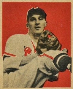 Top 10 Warren Spahn Baseball Cards 9