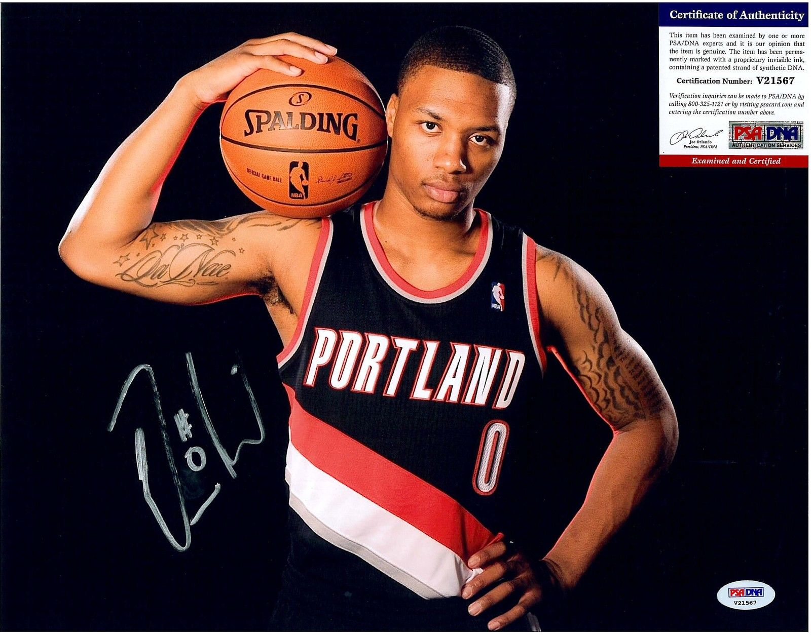 Damian Lillard Rookie Cards and Autograph Memorabilia Guide 24