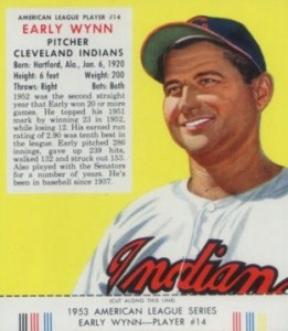 Top 10 Early Wynn Baseball Cards 1