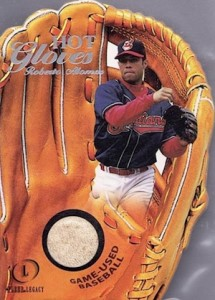 2001 Fleer Legacy Hot Gloves Roberto Alomar #3 Glove Relic