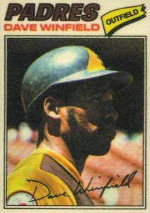 1977 Topps Cloth Stickers Dave Winfield #52