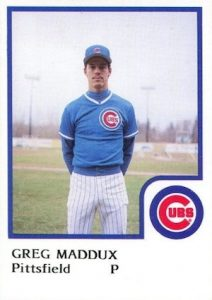 Top 10 Greg Maddux Baseball Cards 9