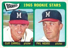 Top 10 Phil Niekro Baseball Cards 9