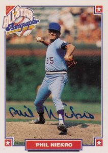 Top 10 Phil Niekro Baseball Cards 8