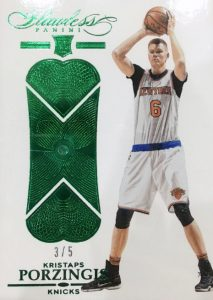 2015-16 Panini Flawless Basketball Base Emerald Porzingis