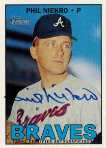 Top 10 Phil Niekro Baseball Cards 3