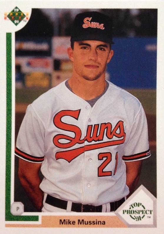 Hall of Fame Mike! Top 10 Mike Mussina Baseball Cards 1