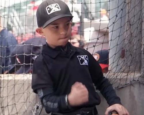 2019 Topps Allen & Ginter Non-Baseball Autographs Guide 34