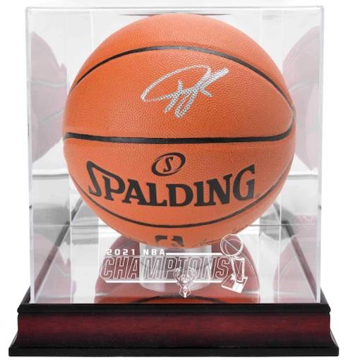 2021 Milwaukee Bucks NBA Finals Champions Memorabilia and Apparel Guide 5