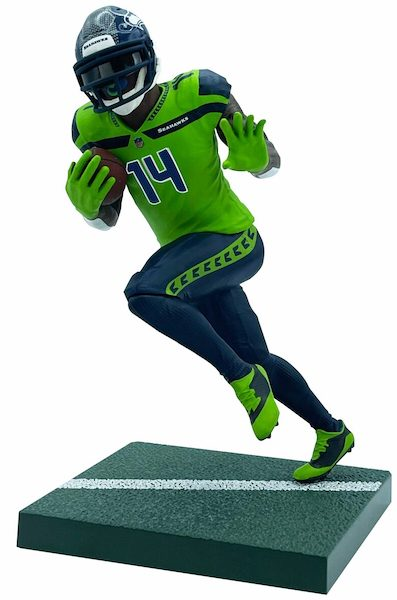 2021 Imports Dragon NFL Football Figures Gallery and Checklist 8